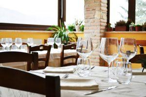 dettaglio sala ristorante c'era una volta lago del turano 6